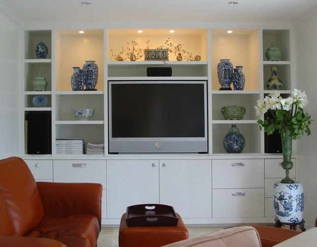TV-display-case