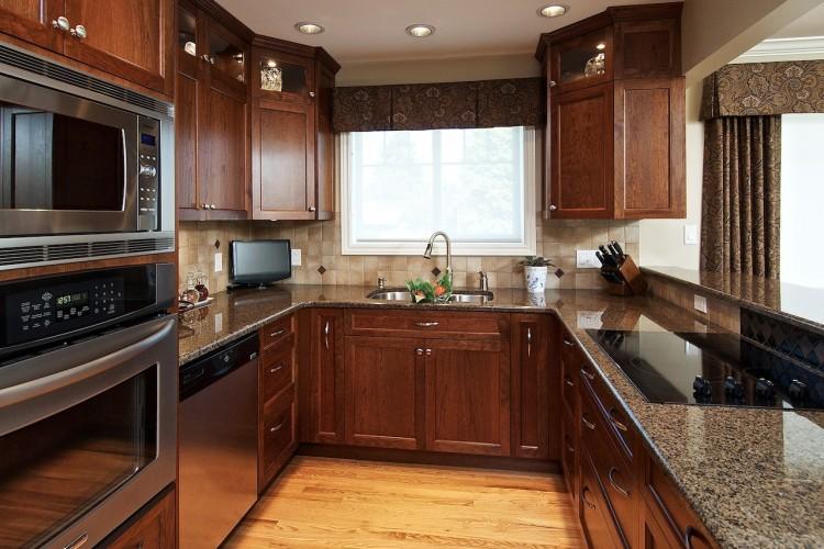 maple-kitchen-cabinet