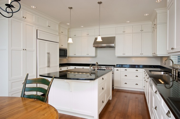 shaker-kitchen-cabinets