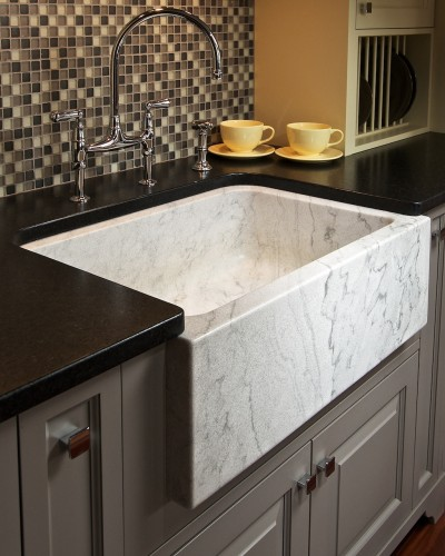 apron-sink-cabinet