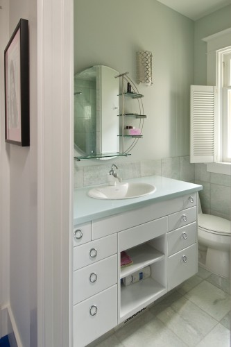 white-bathroom-vanity