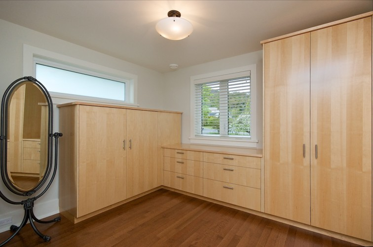 dressing-room-cabinetry