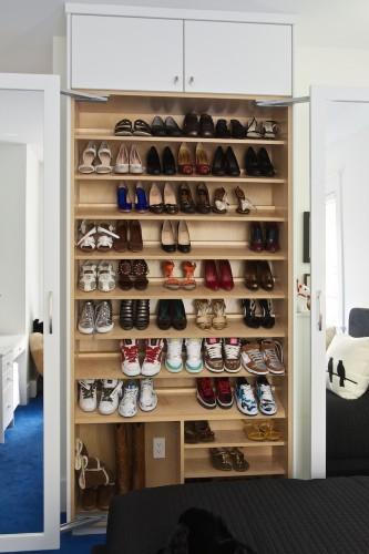 shoe-cabinet