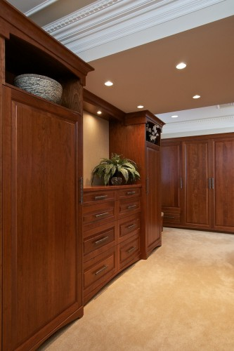 cherry-dressing-room-cabinetry