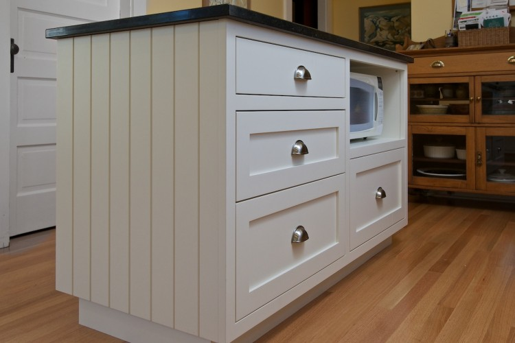 vgroove-square-frame-cabinet