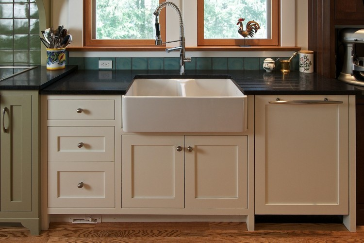 square-frame-kitchen-mixed-finish